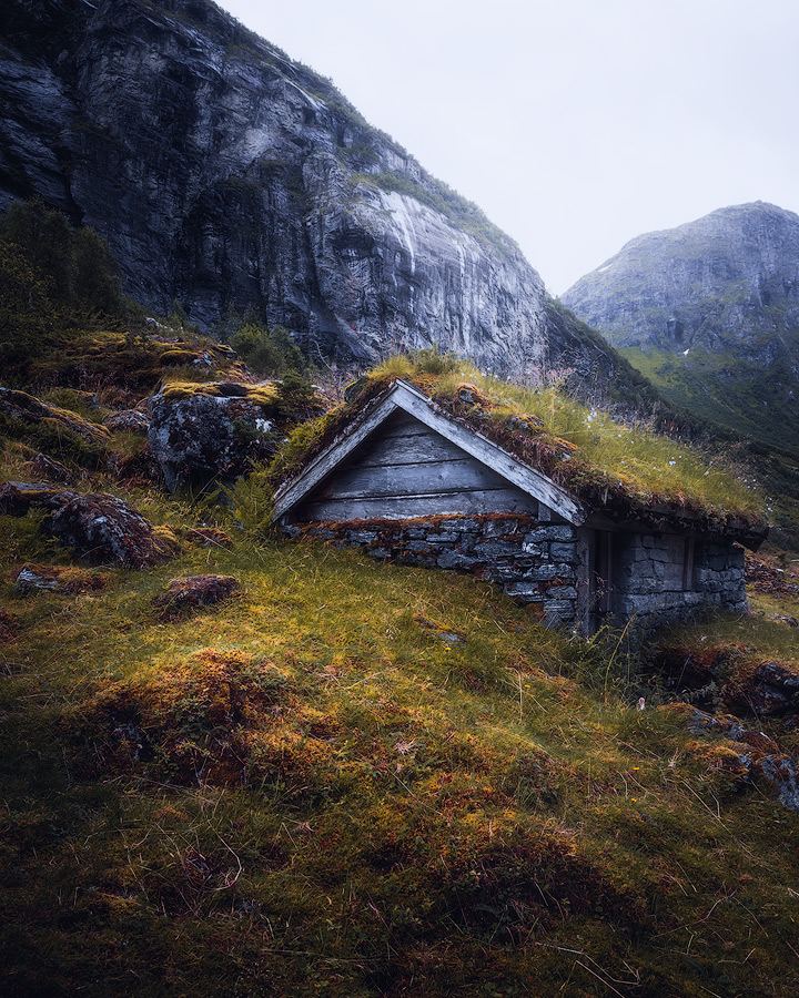 An old and abandoned turf cabin in Norway.